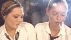 Colight's Maddie + Nadja – Smoking Teenagers , Version 1 – Perfection !