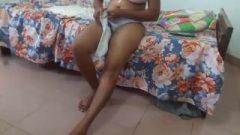 Srilankan University Whore Dressing In Principal Rest Room නැටුම් කාමරේ New ලීක්